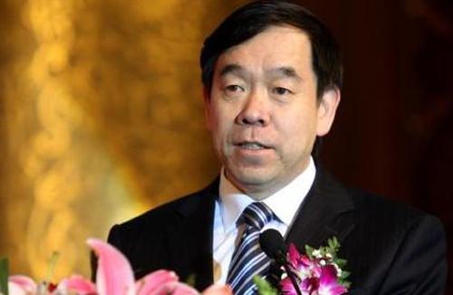 河北环保厅长陈国鹰:治理空气污染要靠人努力天帮忙