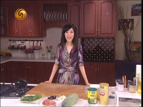 2013-10-20美女私房菜 冬瓜丸子汤