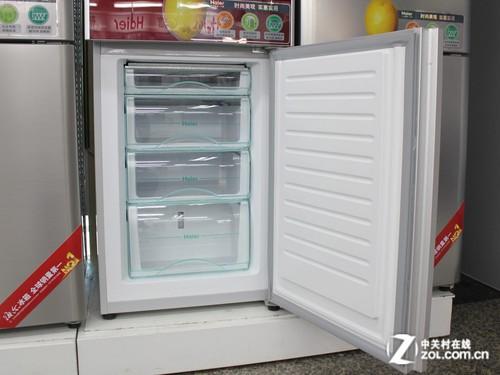 海尔BCD-215KJZF冰箱冷冻室特写