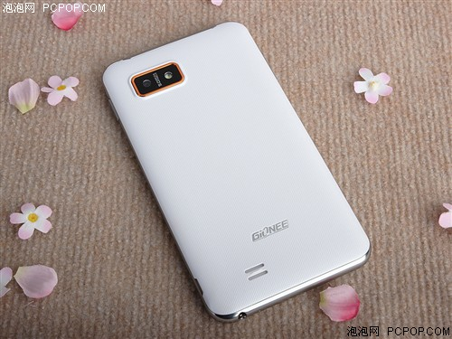 Jin Li希望通過8臺全屏手機全面占領手機市場
