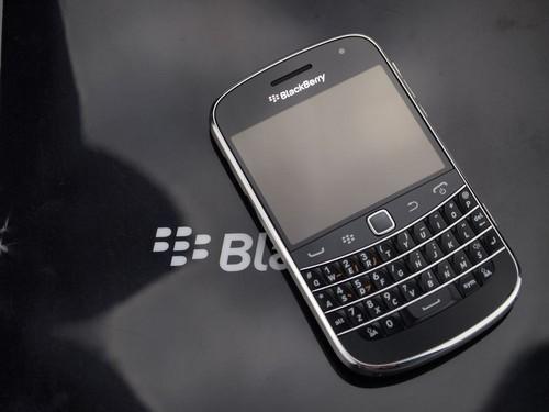 高端商务手机 黑莓9900最新报价2800元