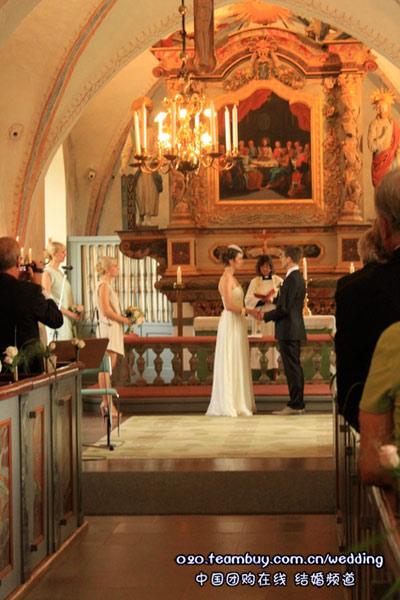 网友实拍瑞典欧式宫廷婚礼
