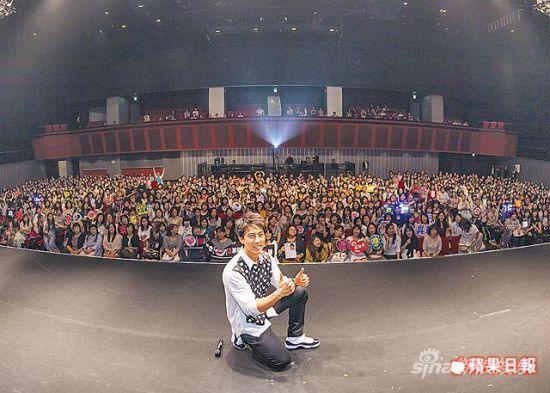 吴尊在东京的见面会,每场吸引1千人粉丝捧场。