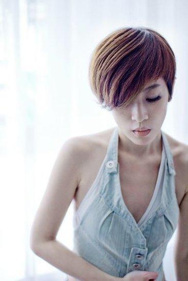 陈珊妮全新创作专辑将登场 新歌与张悬女女对唱