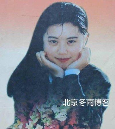 央视美女主播姜丰_央视昔日女主播姜丰清纯旧照曝光(图)|姜丰|女主播_凤凰娱乐