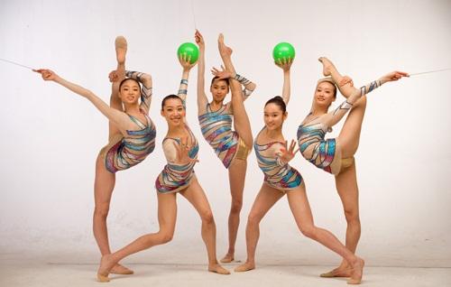 日本女裸体人体艺术_中国大陆与俄罗斯的叫法是\