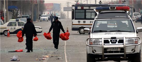 陕西蒲城大巴爆炸_直击陕西蒲城大巴街头爆炸_频道_凤凰网