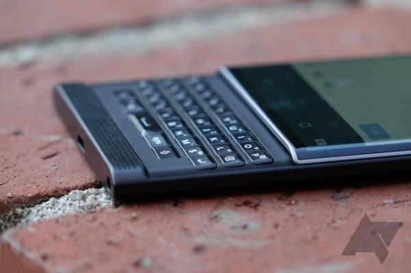 黑莓首款Android手机Priv上手评测的照片 - 18