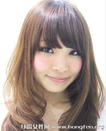 不同脸型的发型设计_脸型决定发型 2013中长烫发造型(图)_资讯频道_凤凰网