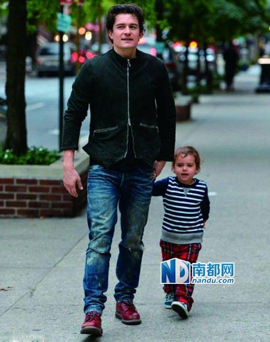 爸爸们的坏品味:和爸爸出门就变成邋遢鬼?给孩子打扮也是亲子沟通过程